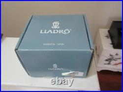 LLADRO, Valencia Spain, MY FAVORITE COMPANION, Dog Figurine, NIB