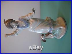 Lladro Wednesday's Child #6016 Figurine Girl With Dog