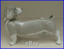 Lladro 1066 Bassett adorable Basset Hound puppy dog MWOB, RV$530