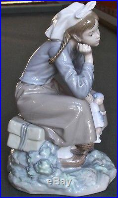 Lladro #1211 Girl With Dog- Girl Sitting With Basket Porcelain Fig Retired
