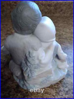 Lladro 1230 Friendship Figurine, Boy girl Dog, No Reserve