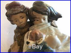 Lladro 1279 Facing The Wind Figurine Boy Girl Dog MINT