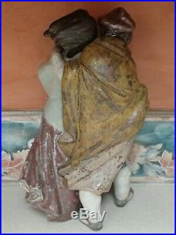 Lladro 1279 Facing the Wind couple with puppy dog LARGE GRES MWOB, RV$880