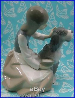 Lladro # 1334 GIRL FEEDING DOG AKA Chow Time Mint BUY 1 GET 1 50% OFF