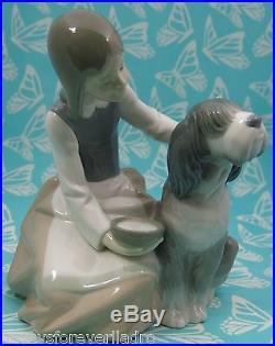 Lladro # 1334 GIRL FEEDING DOG AKA Chow Time Mint BUY1 GET1 50% OFF
