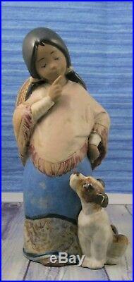 Lladro # 2165 CHIQUITA Girl WithSombrero & Dog GRES MINT