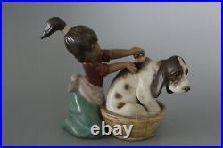 Lladro 2273 Bashful Bather Dog Bath Gres Figure VGC