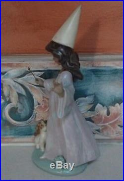 Lladro 2352 Under My Spell fairy girl with wand & puppy dog GRES MWOB, RV$370
