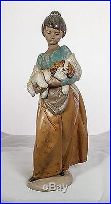 Lladro #2363 Pampered Puppy Girl & Dog 01012363 Gift Retred Gres New In Box