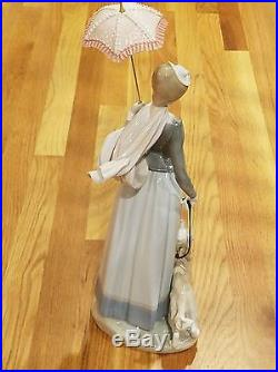 Lladro # 4914 Lady with Shawl and Dog 1974-1998