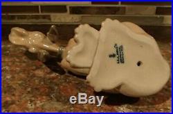 Lladro 5111 Timid Dog adorable bloodhound puppy sitting MIB, RV$495