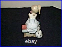 Lladro #5466 Chit Chat Girl With Dog On The Phone No Box