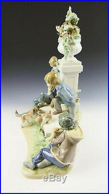 Lladro 5539 Puppy Dog Tails Glased Retired Base Incluided Perfect Condition