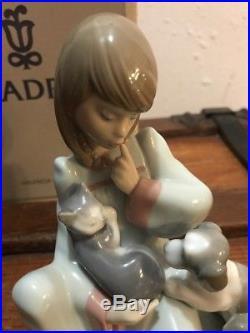 Lladro #5640 Cat Nap Brand New In Box Girl Holding Kitten Cat Puppy Dog Save$ Fs