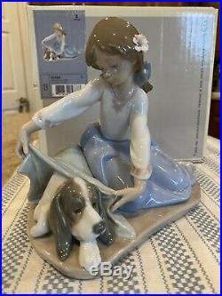 Lladro 5688 Dogs Best Friend withOriginal Box Brand New Condition