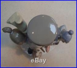 Lladro #5713 The Snowman boy, girl & dog building Mr. Snowman MWOB, RV$495