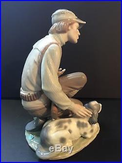 Lladro 6096 Sportsman Hunter Rifle Gun Dog Vintage Figurine Statue Mint