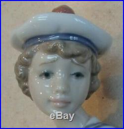 Lladro 6196 Seaside Companion young sailor boy with puppy dog MWOB, RV$450