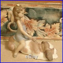 Lladro #6229 Contented Companion girl brushing large dog MINT, no box, RV$285