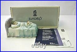 Lladro 6541 Bedtime Buddies Boy with Puppy Dog Mint figurine