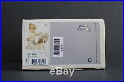Lladro # 6862 An Elegant Touch # 6862 Girl with dog