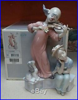 Lladro 6900 Music for a Dream clown playing violin for girl & dog MIB, RV$695