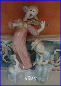 Lladro 6900 Music for a Dream clown playing violin for girl & dog MIB, RV$695
