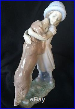Lladro #6903 A Warm Welcome Girl With Dog Figurine