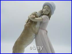 Lladro 6903 A Warm Welcome dog figurine