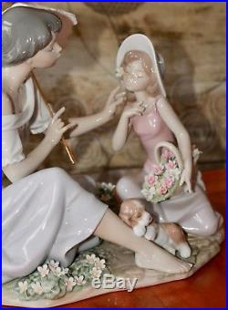 Lladro #6910 As Pretty As A Flower Mother Daughter Puppy Dog Figurine Large