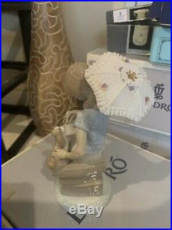 Lladro # 7612 Picture Perfect Girl with Parasol & Dog Figurine Collectors Society