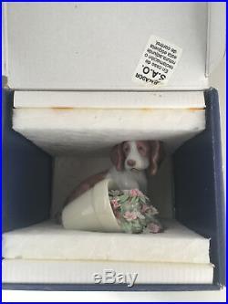 Lladro 7672 It Wasnt Me! Dog Flower Pot Porcelain Figurine Mint in box