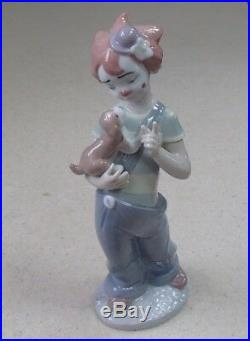 Lladro 8237 Stage Partners girl clown with Puppy Dog UTOPIA MWOB, RV$325