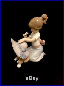 Lladro An Elegant Touch #6862 Girl And Dog Wearing A Hat