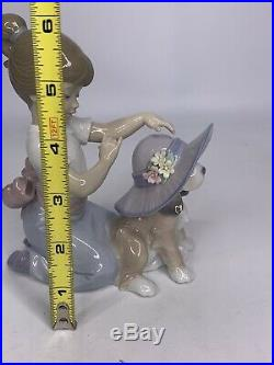Lladro An Elegant Touch #6862 Girl and Dog Wearing a Hat a5aa