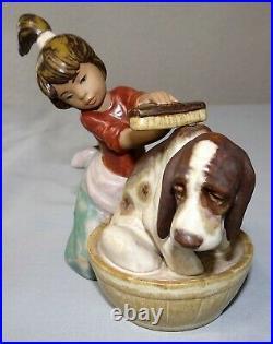 Lladro BASHFULL BATHER Figurine #2273 Girl Washing Dog 5 Gres Finish Statue