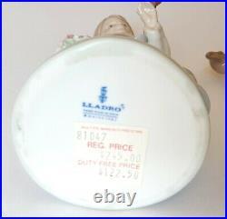 Lladro Bashful Bather 5455 Girl Bathing Dog & HOLDING BIRD SPRING FIGURE 5217