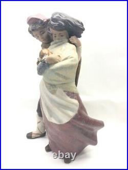 Lladro Boy And Girl With Dog Facing Wind #1279 Figurine (cmp046426)