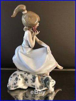 Lladro Chit-Chat Girl with Dalmatian Dog on Phone #5466 RETIRED