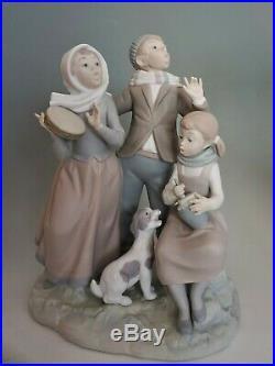 Lladro Christmas Carols 1239 Matte Porcelain Figurine Dog Singing Retired