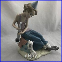 Lladro Clown with Saxophone and Dog Glossy Fine Porcelain Figurine #5059