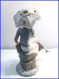 Lladro Collector Society #7612 Picture Perfect Girl withDog Umbrella Mint withBox