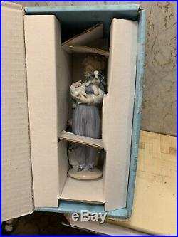 Lladro Collector's Society Figurine 1989 My Buddy #7609 Boy Holding his Dog Rare