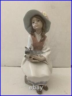 Lladro Daydreams #6400 Girl With Schnauzer Dog Retired Porcelain Figurine