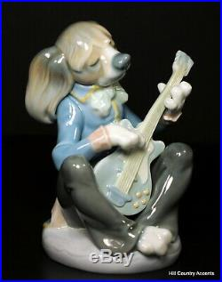 Lladro Dog Playing Guitar Seated 1153 Rare Perfect Condition Mint