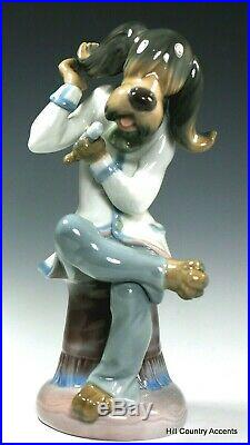 Lladro Dog Singer #1155 Perfect Free Shipping Mint
