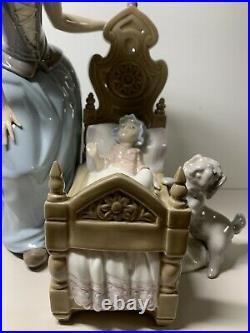 Lladro Dutch Mother Lullaby & Goodnight 5083 Porcelain Figure Baby Crib Dog