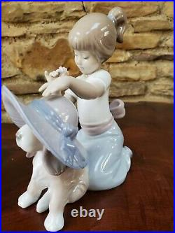 Lladro Elegant Touch # 6862 Girl with Dog Figurine Retail $460.00