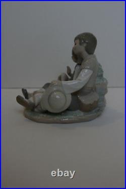 Lladro Figurine 1230 FRIENDSHIP Boy Girl Puppy Dog Pristine condition