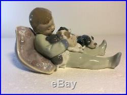 Lladro Figurine 1535 Sweet Dreams, Mint, Retired, Boy, Dog, Puppies (B)